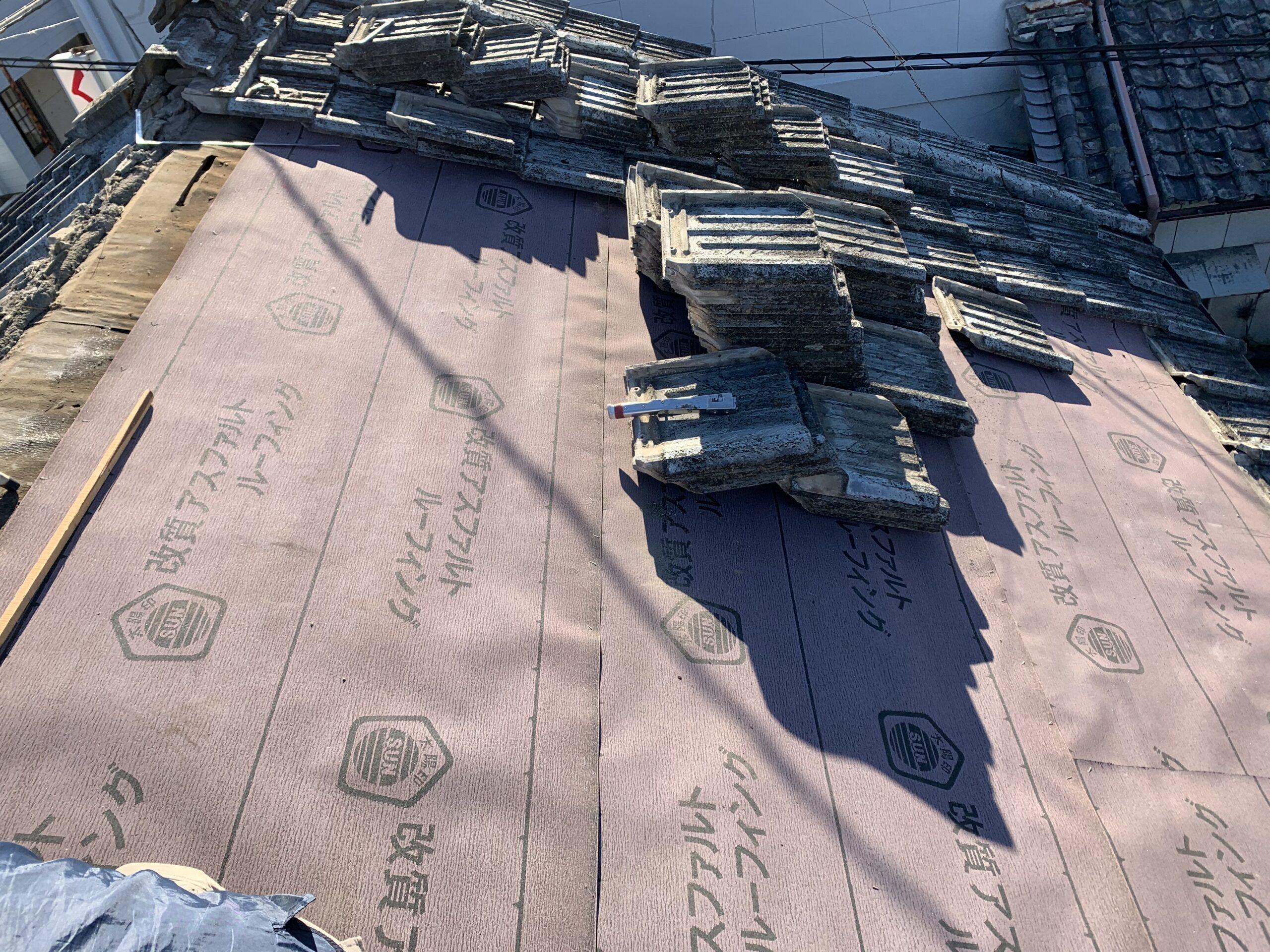 雨漏り屋根修理(ふき直し工事)