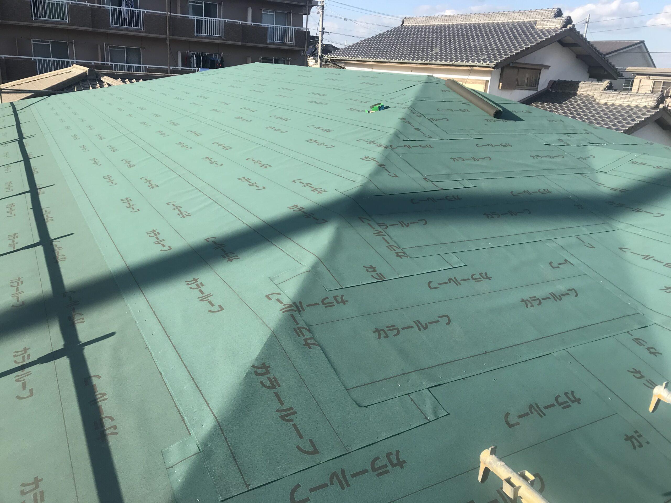 新築屋根工事(ルーフィング張り)