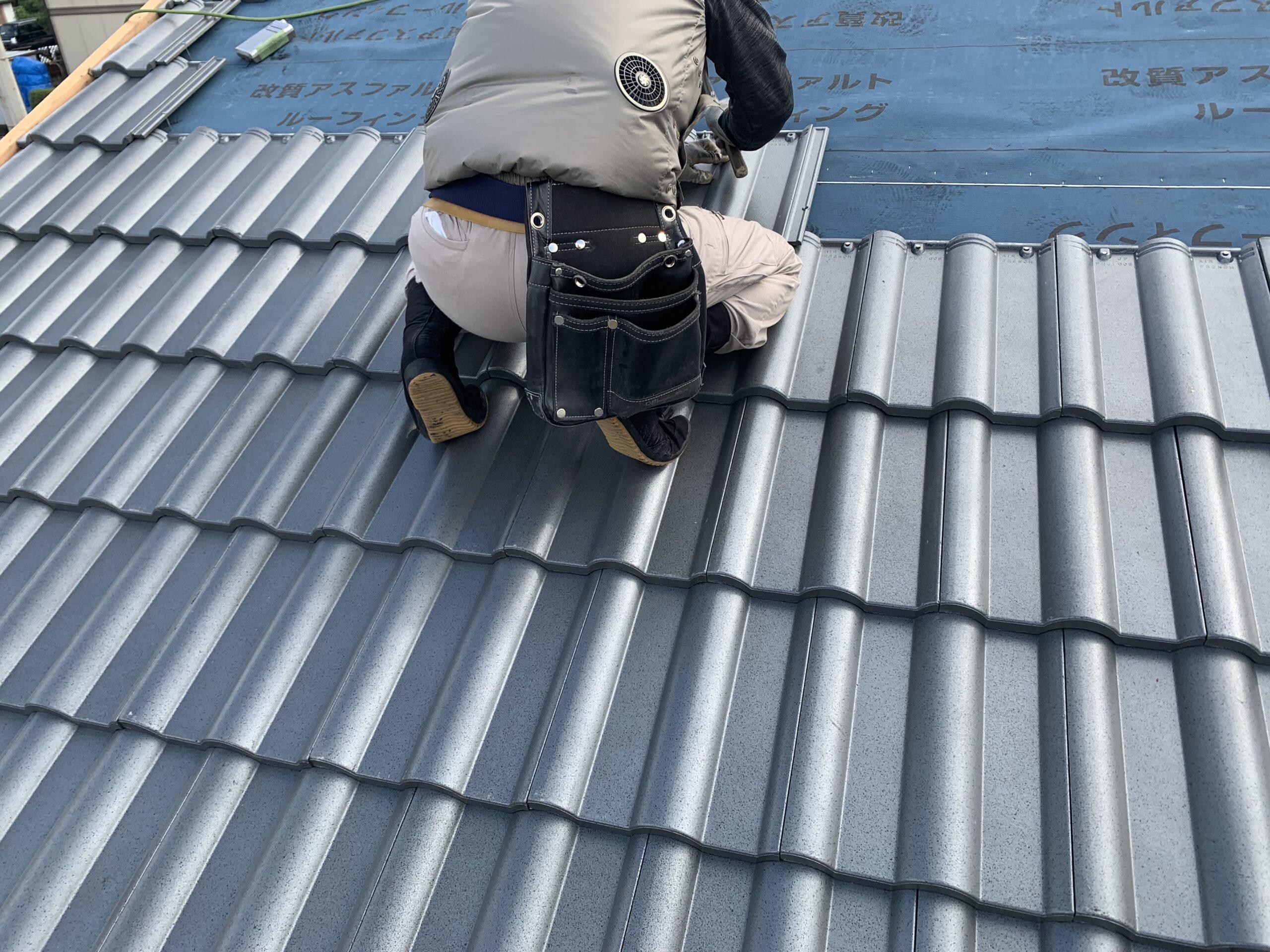 屋根瓦葺き替え工事⑤瓦ふき作業